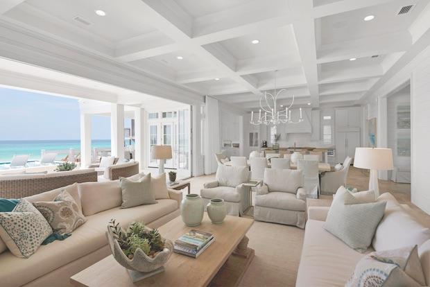 Florida_oceanside_living_room