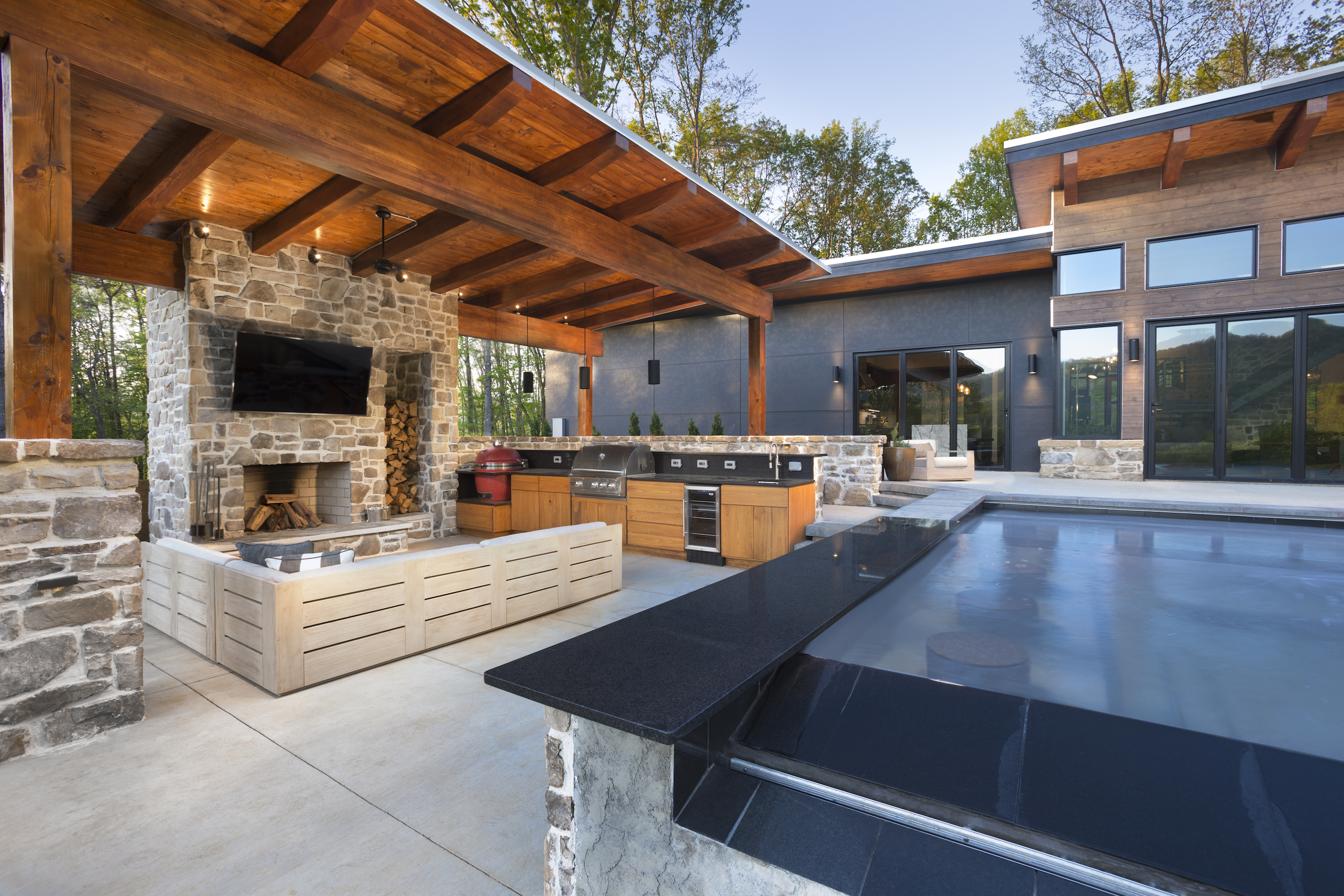 Living Stone Outdoor Living