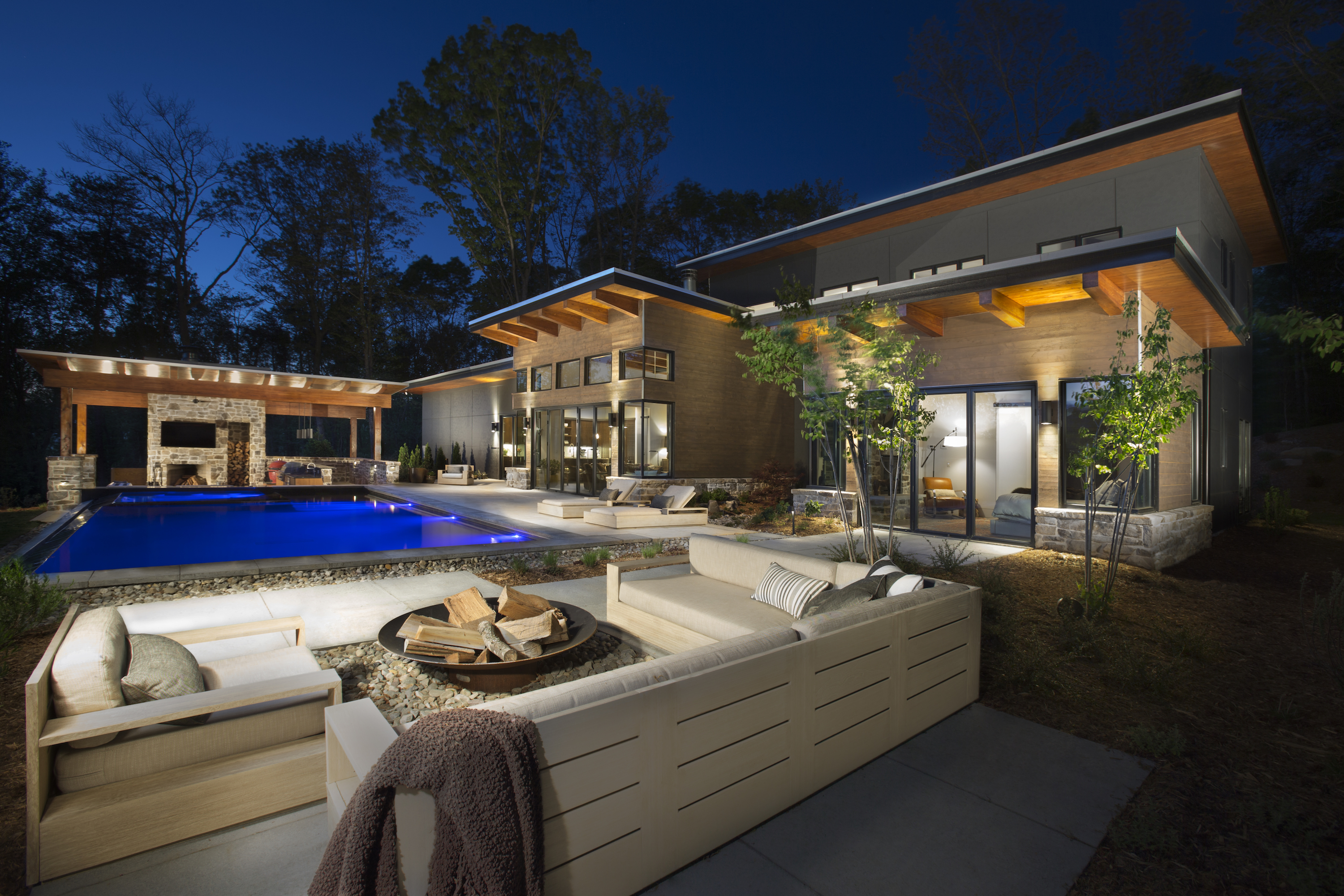 Outdoor Living Night time