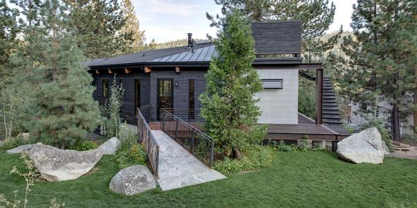 Gnar House in Squaw Valley, Calif., with charred wood exterior