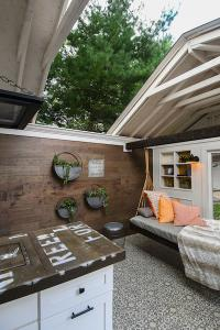 She_shed_with_retractable_roof